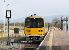 Irish Rail 2805/6 in Limerick Junction. (Fred Dean Jnr) Tags: iarnrodeireann irishrail tokyu 2800class dmu 2805 2806 limerickjunctiontipperary march2014 dieselmultipleunit railcar tipperary
