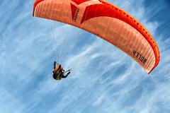 Paragliding am Strand von Skiveren_DänemarkIMG_9216 (milanpaul) Tags: 2018 abendsonne canoneos6d dänemark dünen gleitschirm himmel juli landschaft meer nordjütland nordsee paragliding skagen skagerrak skiveren sommer strand tamron2470mmf28divcusd