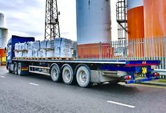 DAF XF - Aberdeen Harbour Scotland - 21/12/2018 (DanoAberdeen) Tags: x99cfj v12 105460 daftrucks daftruck transport haulage haulier flatbed sodiumbromide 2018 trucks amateur candid danoaberdeen truckfest lorry truck dafxf xf daf trailer