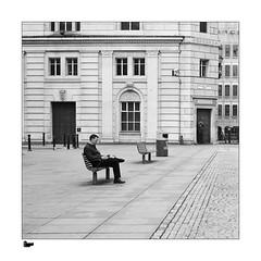 Working in the open air (<Derek>) Tags: exchangeflags liverpool film zeissikonzm zeissplanart250zm ilfordxp2super monochrome mono blackandwhite bw streetphotography
