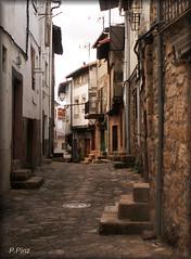San Martín de Trevejo. Cáceres. (P e p a) Tags: pueblos extremadura sanmartíndetrevejo calles callejeando piedras