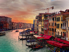 Grand Canal, Venezia (Hamish McKelvie) Tags: venice water historic buildings sunset sea boats italy venezia travel colors colours windows houses grand canal