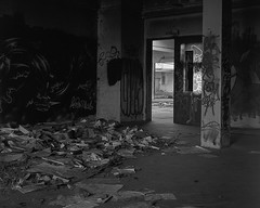 Be and to have been... (Cédric Bernard Photographies) Tags: abandoned urbex 150mm nikkorw largeformat kodak blackandwhite 4x5 urban intrepid camera mk3