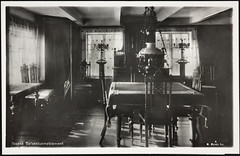 Postkort fra Agder (Avtrykket) Tags: bord interiør lampe møblement postkort spisestue stol grimstad austagder norway nor