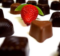 Strawberry with chocolates (edaqaskitchen) Tags: strawberry macro chocolate dessert snack fruit berry foodart food