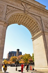 norland d. cruz photography: a nice autumn day in greenwich village, nyc through the george washington arch (norlandcruz74) Tags: arches george washington square park ny nyc new york city manhattan greenwich village norland cruz pinoy filipino american nikon dx dslr d5100