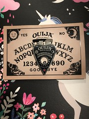 Ouija money clip #horrorblock #ouija #moneyclip #cool #unique #love (direngrey037) Tags: horrorblock ouija moneyclip cool unique love