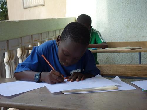 Les enfants ont d'abord eu un temps pour réfléchir et dessiner le métier qu'ils se voyaient faire plus tard