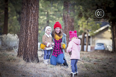 BigBearThanksgiving18_20 (wrightontheroad) Tags: bigbear california childphotography children cold cutekids fall familyportrait forest kids mountains portrait toddlers winterclothing unitedstates