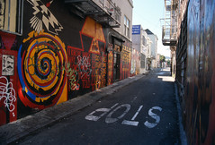 San Francisco, California (Roger Gerbig) Tags: sanfrancisco california rogergerbig canoneos3 canonef28105f3545 kodake100g slidefilm 135film 35mm publicart clarionalley clarionalleymuralproject