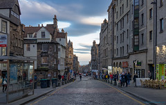 Royal Mile (Rourkeor) Tags: 35mm 35mmzeisssonnartlens carlzeiss christmastime edinburgh rx1r royalmile scotland sony uk buildings capitalcity cobblestonedroad fullframe historicalcity people street transport sonyflickraward
