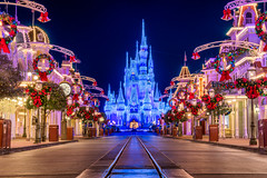 Merry Christmas! (MarcStampfli) Tags: cinderellacastle disney florida magickingdom night nikond7500 themeparks vacationkingdom wdw waltdisneyworld