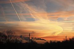 Dawn (just.Luc) Tags: kleinbrabant puurs ruisbroek sky lucht ciel luft wolken nuages clouds red rood rouge rot rosso rojo sunrise zonsopgang vlaanderen flandres flanders belgië belgien belgique belgium belgica