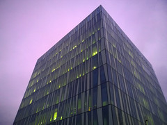 Aberdeen University Library 40 (Golux.) Tags: aberdeen scotland university library sirduncanrice blue sky reflection light glass