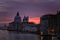 Venezia Alba (Sphotino71) Tags: sunrise venezia venice water alba canon