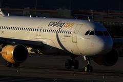 Vueling / Airbus A320-214 / EC-LVU (vic_206) Tags: bcn lebl aircraft avión airplane spotting vueling airbusa320214 eclvu