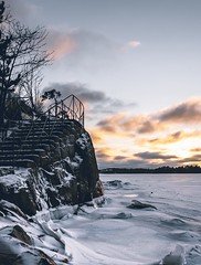 Winter sunset (Sivakovin) Tags: suomi aurinko auringonlasku landscape olympus lightroom talvi2019 sea helsinki finland seurasaari sunset winter
