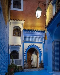 When the night falls, Chefchaouen's cold hues become tinted by the warm yellow street lamps. The life slows down and suddenly you have the soul of this blue city for yourself 🌃 🎨 (C) Joel Santos #liveforthestory #eosr #joelsantosphoto #chef (Joel Santos - Photography) Tags: when night falls chefchaouen's cold hues become tinted by warm yellow street lamps the life slows down suddenly you have soul this blue city for yourself 🌃 🎨 c joel santos liveforthestory eosr joelsantosphoto chefchaouen morocco moroccotravel instatravel travelpics passportready travelbloggers traveltheworld mytravelgram travelblog instatraveling agameoftones ourplanetdaily placeswow ilovetravel igtravel travelislife travelholic