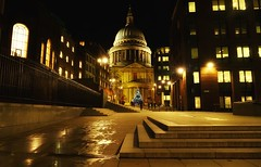 St Paul's Christmas (Westhamwolf) Tags: st paul's cathedral london city england tree christmas night dark street road