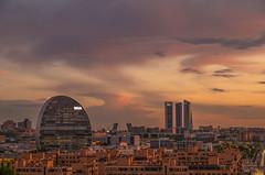 Atardeceres de Madrid. (Amparo Hervella) Tags: madrid españa spain paisaje paisajeurbano ciudad atardecer puestadesol edificio cielo nube largaexposición d7000 nikon nikond7000
