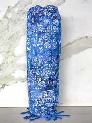 Pocket Bag Blue Magic-2.jpg (KIZEN THE LABEL) Tags: matbag blue yogamatbag yinyang colbalt balisarong yoga kizen flyinghearts madewithlove shellbutton sarong pilates pocketbagbluemagic