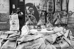 Torino 0553 (malko59) Tags: torino turin italy italia biancoenero blackandwhite balon granbalon sacchi juta damigiane street streetphotography urban mercatino market fujifilmx100s fujifilmxseries fujifilm