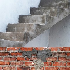precarious roof climb (msdonnalee) Tags: stairs stairway brickwall grout masonry brick brique ladrillo tijolo mattoni
