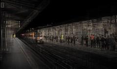 plat 5 2 hhz (duncan!) Tags: ©2019duncanwadeallrightsreserved railway station platform commuters wrongplatform mhulotsholiday theresalwaysone abstract extreme leica m10 40mm f12 voigtlander nokton crystalcity