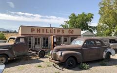 PHILLIPS 66 LEAMINGTON UTAH (ussiwojima) Tags: phillips66 gas station leamington utah advertising sign pump