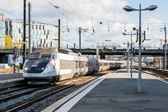 SNCF 01 + 04 | Lille-Flandres | TGV 7045 | 2/11/2018 (Sander_Smits) Tags: sncf tgv tgvpse tgvsudest lille lilleflandres trein train railway railroad tgv01