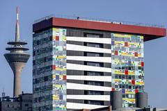 Tall Structures (ARTUS8) Tags: leuchtturmturm flickr modernearchitektur nikond800 nikon28300mmf3556