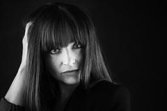 Audrey (Lievinshoot) Tags: portrait noiretblanc brune jolie monochrome