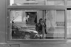 Liberté d'esprit (laetitia.delbreil) Tags: monochrome noiretblanc blackandwhite nb bn biancoenero blancoynegro film filmphotography pentacon prakticab200 prakticar50mm118 ishootfilm filmisnotdead filmisback filmisawesome ilfordfp4 iso125 westillcare slr singlelensreflex reflex vintagecamera 35mm paris france buttesauxcailles misstic streetart reflection selfportrait autoportrait autoritratto