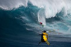 BillyKemperairdropbarrel2JawsChallenge2018Lynton (Aaron Lynton) Tags: jaws peahi xxl wsl bigwave bigwaves bigwavesurfing surf surfing maui hawaii canon lyntonproductions lynton kailenny albeelayer shanedorian trevorcarlson trevorsvencarlson tylerlarronde challenge jawschallenge peahichallenge ocean