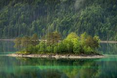 Dreamy Island in the Eibsee (wiscmic) Tags: eibsee deutschland landscape landschaft garmischpartenkirchen see germany berge berg lake wald natur grainau forest island wälder alps alpen insel nature sommer bayern de
