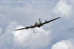 1859 Sally B (photozone72) Tags: dunsfold dunsfoldpark wingswheels b17 b17bomber sallyb flyingfortress usaf wwii warbirds aviation airshows aircraft airshow canon canon7dmk2 canon100400f4556lii 7dmk2