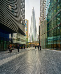 The Shard, London (Michael Echteld) Tags: theshard renzopiano perspective london uk england city business glass