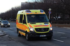 M1/53 Kispest (Rell Boldizsár) Tags: omsz mentők ambulance emergency ems hungary magyar sprinter mb mercedes benz mercedesbenz mbsprinter profilevehicles