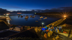 L e port du Conquet prend ses quartiers de nuit (clos du pontic) Tags: port leconquet nuit iroise mer pêche bâteaux quai lumière eau finistère