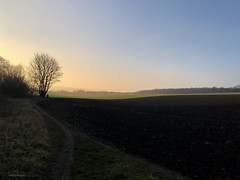 Making the most of a winter's Sunday - cycling 20 January 2019 - the path home. (mikeyashworth) Tags: mikeashworthcollection otley poolinwharfedale stainburn leathley bike cycling mtb konabike konaowner january2019 wintersun clearskies cold still calm bracing fields landscape yorkshire kona sunset clear