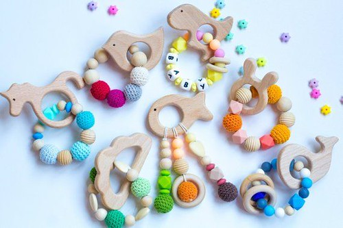 Best Bracelet 2017/ 2018  : Wooden rattle Teether/ Teething toy /teething ring baby silicone bracelet / wood...