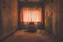 The Pink Room (Some Place Only We Know) Tags: decay verfall pink urbex lost place abandoned curtain moss moos chair stuhl beautiful