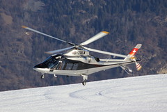 IMG_2974 (Tipps38) Tags: hélicoptère aviation photographie montagne alpes avion courchevel neige helicopter 2019 planespotting