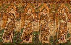 Ravenna - Sant'Apollinare Nuovo 8 (antonella galardi) Tags: emilia romagna ravenna 2018 natale mosaici paleocristiano bizantino santapollinarenuovo chiesa