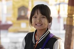 Tanaka (Patrick Doreau) Tags: portrait asiatique femme woman asian birman myanmar birmanie bagan sourire smile beauté beauty burma tanaka mandalay