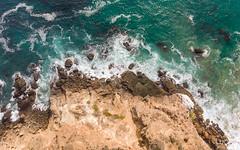 Malibu waves (luongphoto) Tags: luongphotography luongphoto california malibu beach rocks cliff drone dronephotography dji djimavicair djimavic mavicair viewfromabove