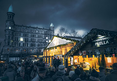 Market - 2 - Huawei Mate 20 Pro (Dhina A) Tags: huawei mate 20 pro mobile phone lyal29 active dual sim belfast christmas market sample photos images