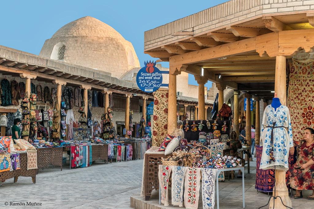Risultati immagini per bazar bukhara