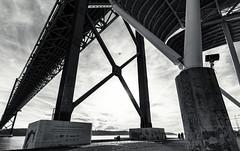 Lisbon, December 22, 2018 (Ulf Bodin) Tags: airplane blackandwhite bro lisboa canonef1635mmf4lisusm monochrome urbanlife bridge outdoor canoneosr lissabon lisbon portugal pt 25deabrilbridge