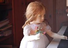 Little Pianist  #JusticeforJakelin #KeepFamiliesTogether (Emily1957) Tags: lenci doll dolls toy toys clothdoll vintage piano pianist light naturallight nikond40 nikon kitlens lenci110111 felt italian